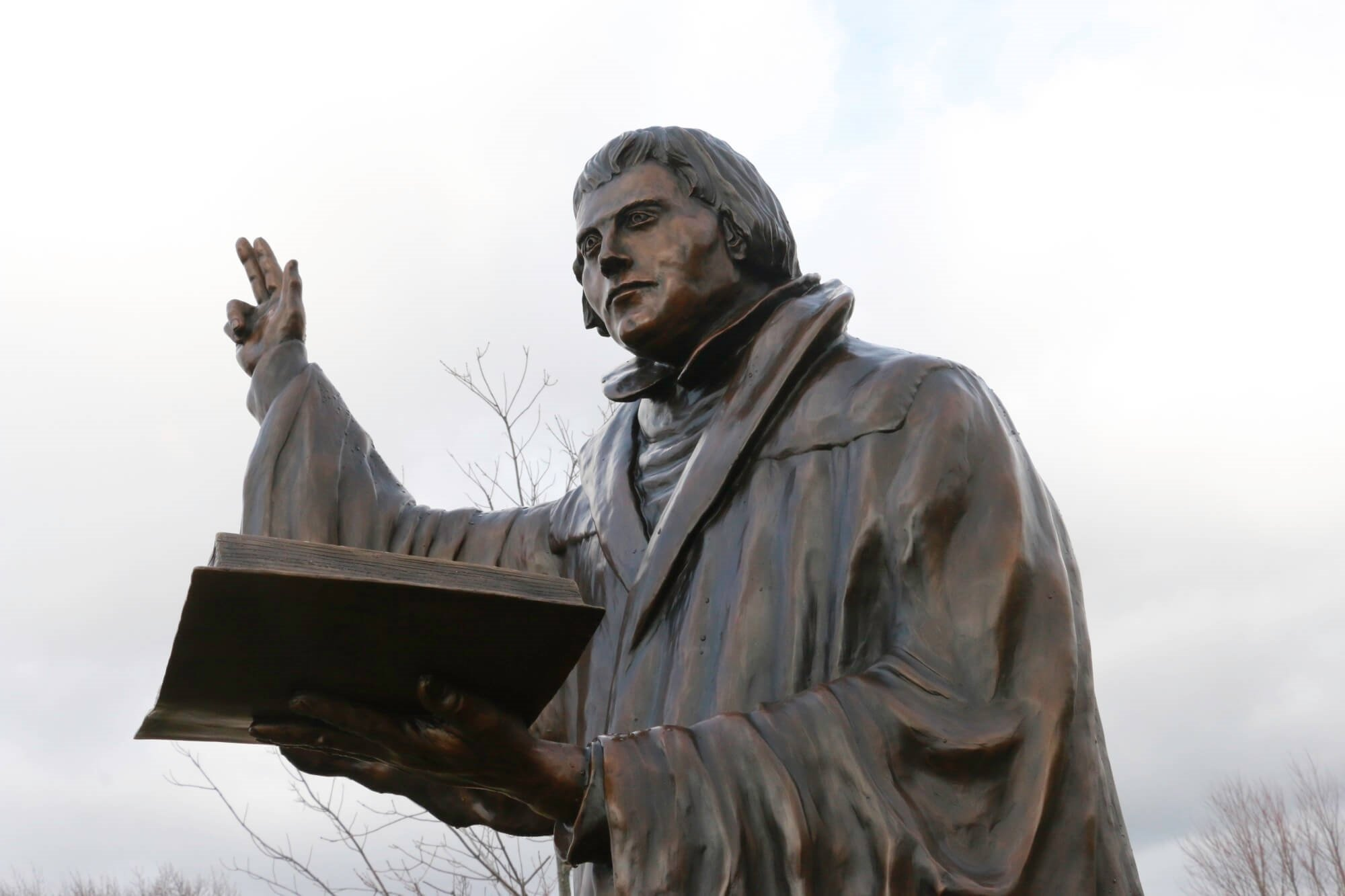 CUW Martin Luther Statue