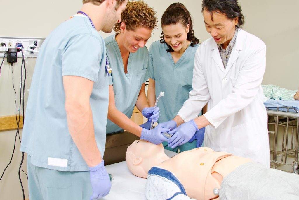 Top 7 Reasons to Become a Nurse Educator